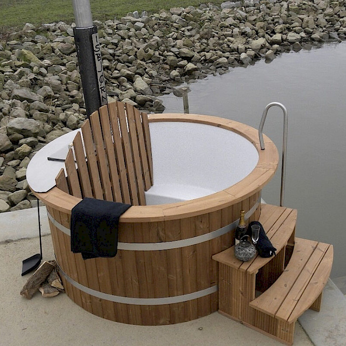 hot tub badezuber badefass badetonne isbj rn hot tubs. Black Bedroom Furniture Sets. Home Design Ideas