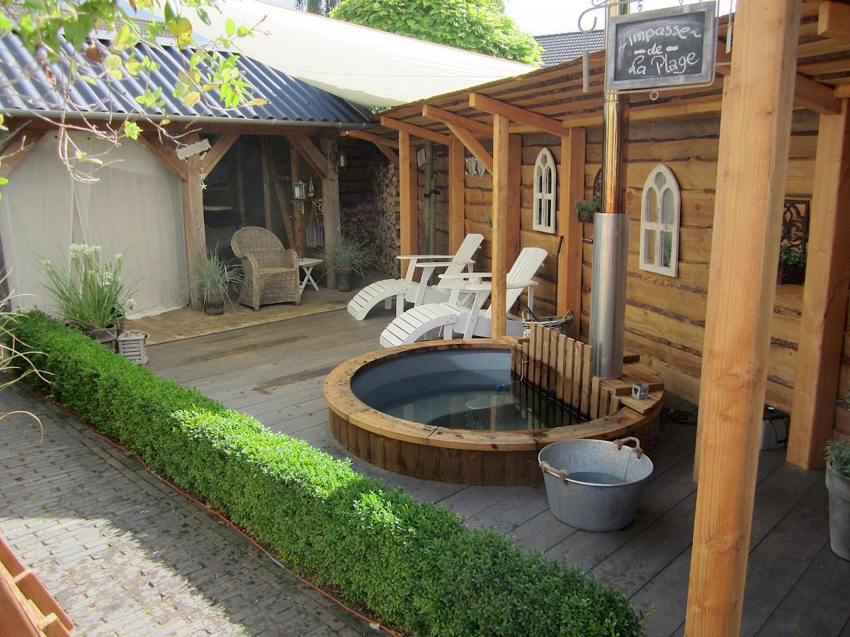 badezuber badetonne badefass kaufen isbj rn hot tubs. Black Bedroom Furniture Sets. Home Design Ideas